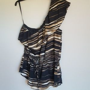 New York Co One Shoulder Sleeveless Top